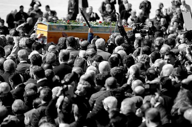 Tabutunu binlerce insan gözyaşlarıyla taşıdı...
