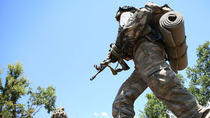 Hakkari'de teröristler üs bölgesine sızmaya çalıştı: 1 asker şehit, 3 asker yaralı