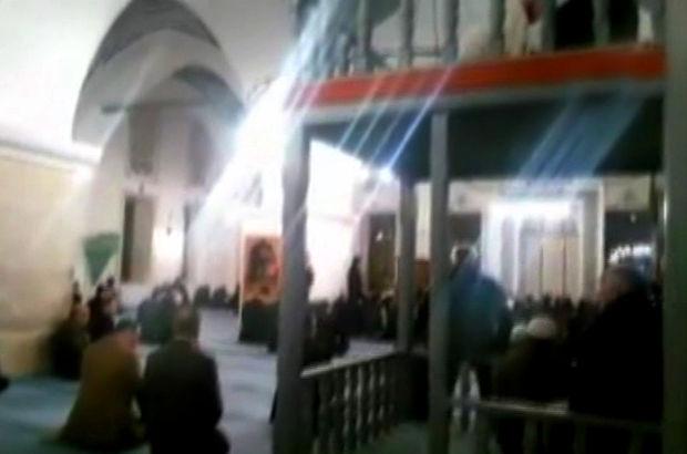 Cumhurbaşkanı Recep Tayyip Erdoğan, Nasrullah Camisinde Kur'an okudu (video)