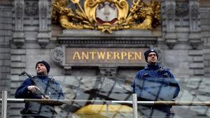 Belçika'nın işlek caddesinde saldırı girişimi!