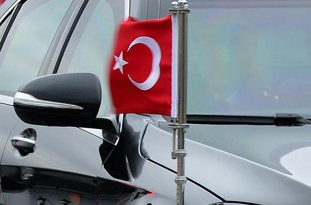 Makedonya'da Türk bayrağına saldırı girişimi
