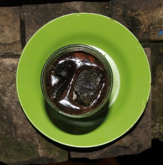 """Endonezya kahvesi """"Kopi joss"""""""