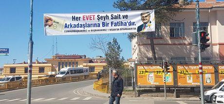 "Diyarbakır'daki Şeyh Said'li ""Evet"" pankartı indirildi"