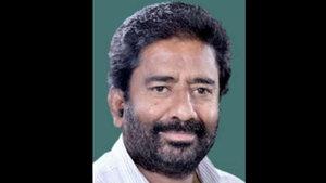 Hint milletvekili havayolu çalışanını terlikle dövdü!