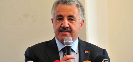 Bakan Arslan, Uludağ Ekonomi Zirvesi'nde yasağı değerlendirdi