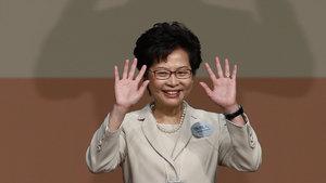 Hong Kong liderliğine ilk kez bir kadın seçildi!