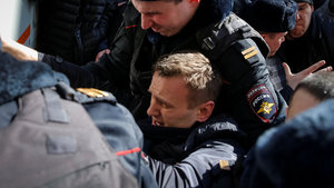 Rusya'da muhalif lider gözaltına alındı