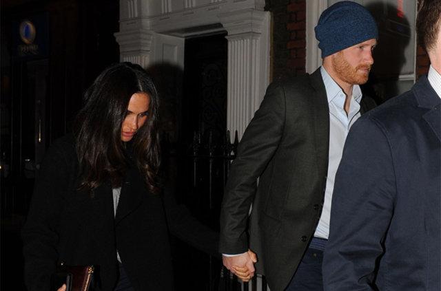 Prens Harry'nin sevgilisi Meghan Markle saraya taşınıyor