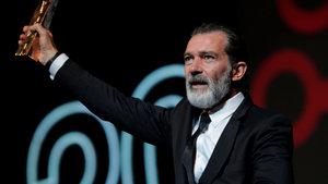 Antonio Banderas, hastaneye ucu ucuna yetiştiğini ifade etti