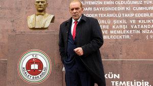 Atatürk'e benzerliğiyle tanınan oyuncu Göksal Kaya gözaltına alındı