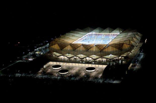 Akyazı Şenol Güneş Spor Kompleksi
