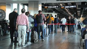THY yasaklı günde 180 bin yolcu taşıdı