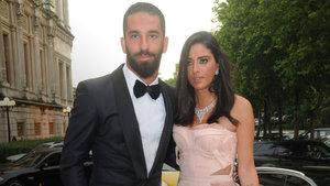 Arda Turan ile Aslıhan Doğan evliliğe koşuyor!