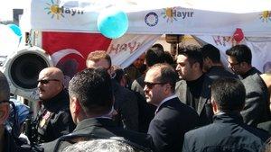 """Cumhurbaşkanı Erdoğan """"hayır"""" çadırını ziyaret etti"""