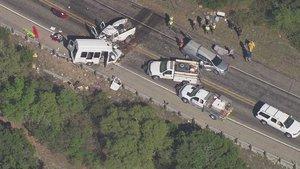 ABD'de kilise üyelerini taşıyan otobüs kaza yaptı: 12 ölü, 3 yaralı