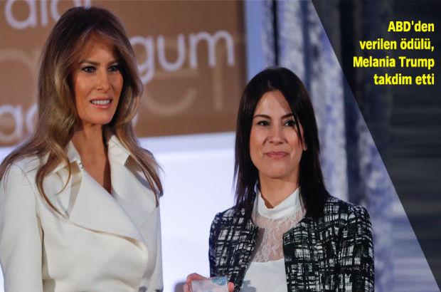 Öğretmen Saadet Özkan Uluslararası Kadınlar Cesaret Ödülü'nü Melania Trump'tan aldı