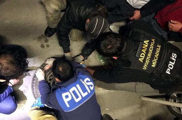 Adana'da 'İşadamıyım' diyen kişinin otomobilinden uyuşturucu çıktı