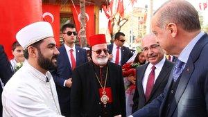 Cumhurbaşkanı Erdoğan'dan 7 dilde Regaib Kandili kutlaması