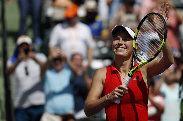 Wozniacki Miami'de finale yükseldi
