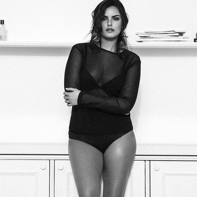 Birçok kadının hayali zayıf, fit ve zarif görünmek... Bunun için oldukça efor harcayan kadınlardan biri de Amerikalı model Liza Golden-Bhojwani. ile ilgili görsel sonucu