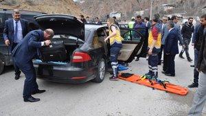 SON DAKİKA! Milli Savunma Bakanı Fikri Işık'ın konvoyunda kaza