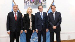 Kıbrıs'ta liderler bir araya geldi