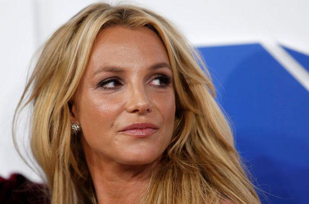 Britney İsrail'de seçimleri erteletti!