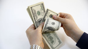 ABD Suriye'yi vurdu, dolar yükseldi