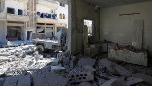Rus uçakları İdlib'i vurdu: 18 sivil öldü