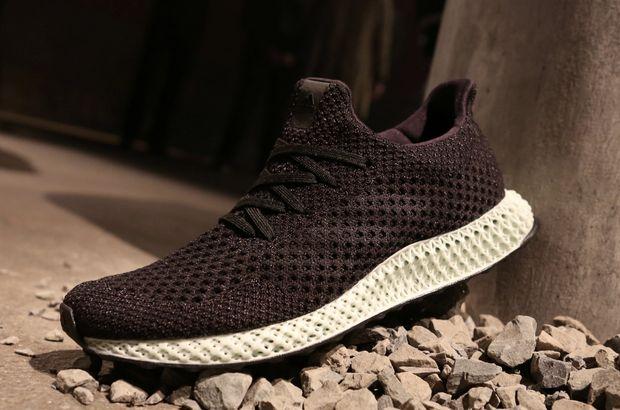 Adidas 3D Yazıcı ile seri spor ayakkabısı üretimine başlıyor