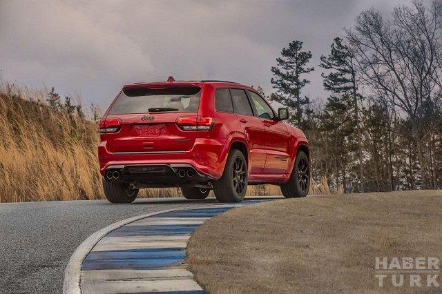 2018 Jeep Grand Cherokee Trackhawk ve Dodge Challenger SRT Demon