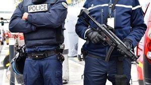 Fransa'da 17 bin 393 kişi terörizm şüphesiyle fişlendi!