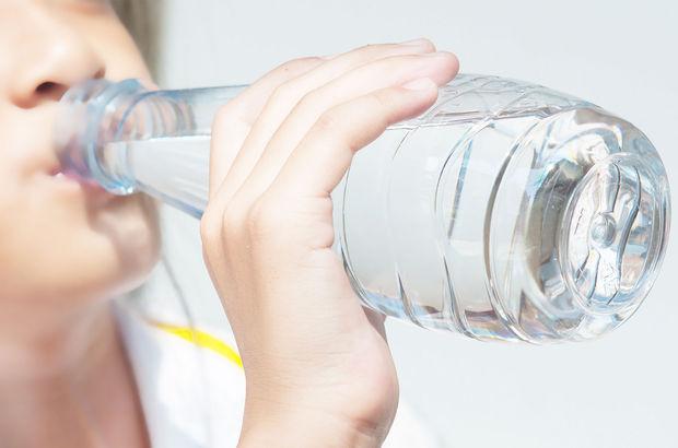 Dünya Sağlık Örgütü'nden şok tespit! 2 milyar insanın içtiği su...