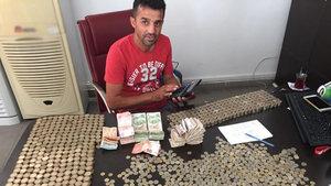 Denizli'de sigarayı bırakan bir kişi 8 yılda 2 hafif ticari araç,1 motosiklet aldı