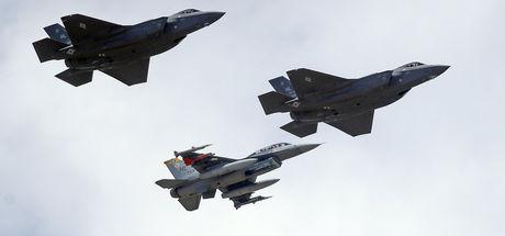 ABD, Avrupa'ya F-34 savaş uçakları konuşlandırıyor