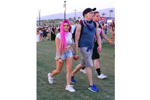 Ariel Winter Coachella'yı ısıttı!