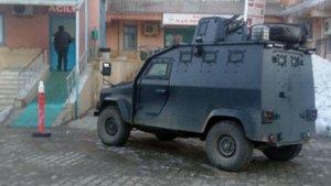 AK Parti ilçe başkanının konvoyuna saldırı: 1 şehit, 1 yaralı