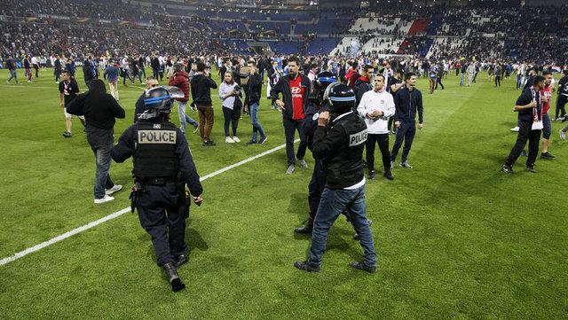 Şenol Güneş, Lyon - Beşiktaş maçına damga vurdu