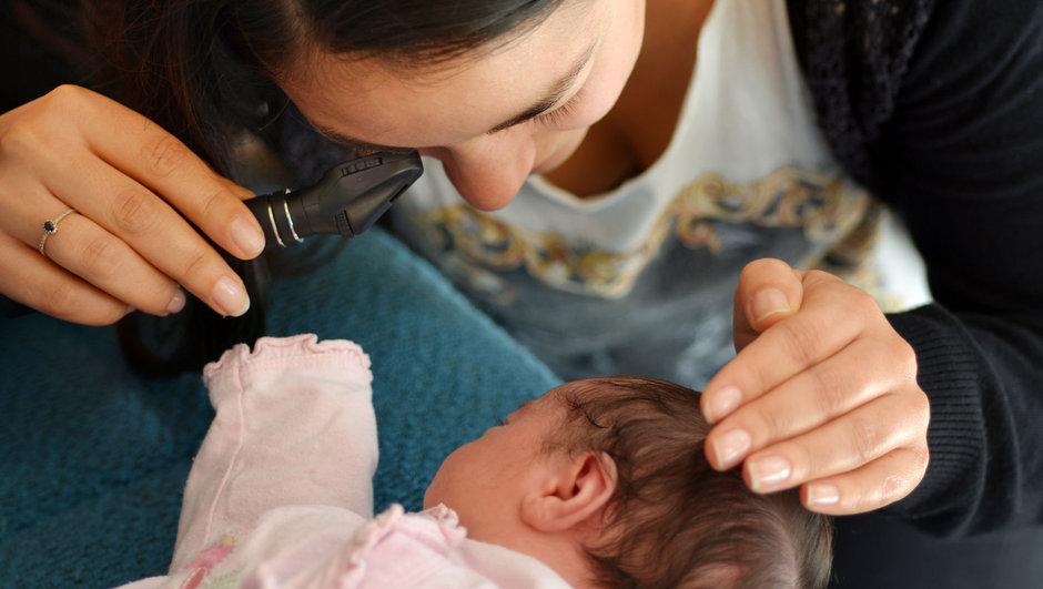 Erken doğan bebeklerde göz problemi