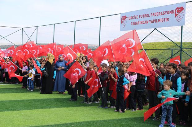 TFF'den Suriyeliler için futbol sahası!