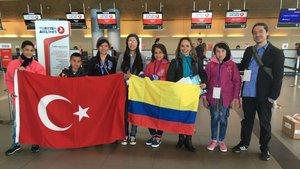 Kolombiyalı çocuklar 23 Nisan için Türkiye'ye yolcu edildi