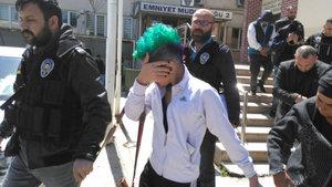 Bursa'da 'Yeşil saçlı kız'a uyuşturucu gözaltısı