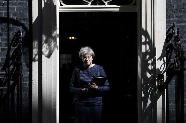 İngiliz Parlamentosu erken seçim kararı aldı