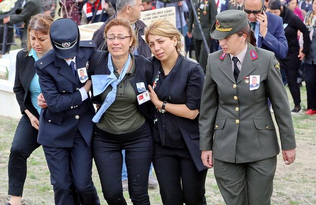 Kılıçdaroğlu şehit cenazesine katıldı