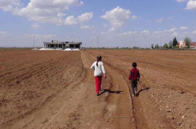 Suriyeli işçiler Şanlıurfa'da 9 yaşındaki çocuğa işkence yapıp eğlenmiş