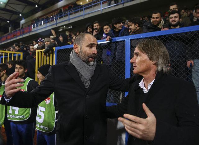 Riekerink'ten Fenerbahçe ve Sneijder açıklaması
