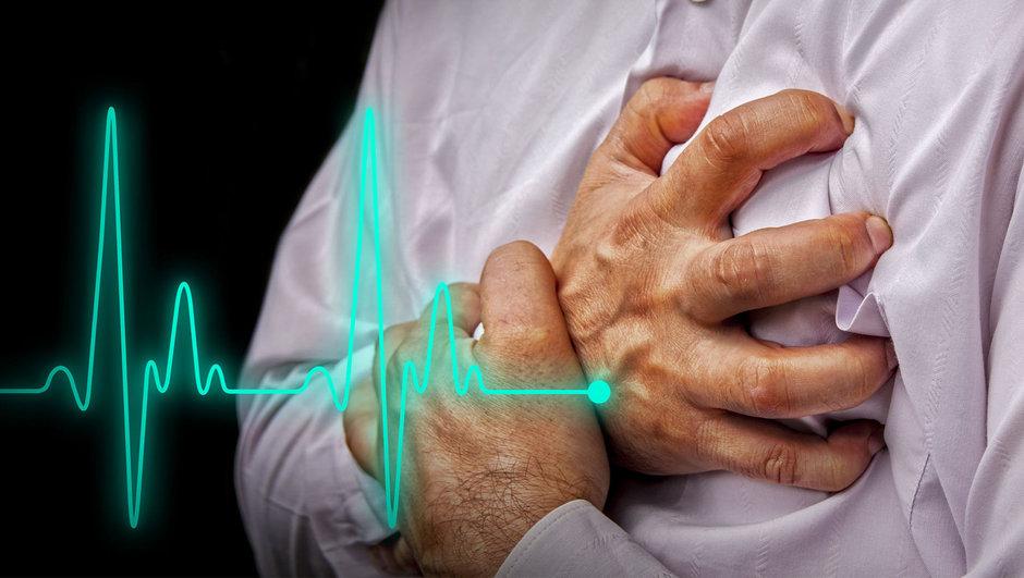 Kalp krizi geçirdiğinizi anladığınız an bunları yapın!