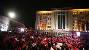 AK Parti toplantılarında 3 ilçeye alkışlı tebrik