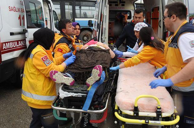 Çorum'da halk otobüsüne TIR çarptı: 8 yaralı