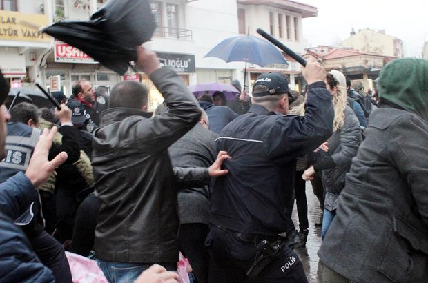 Uşak'ta referandum protestosu: 14 gözaltı